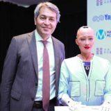 Dünyaca ünlü Robot Sophia İlk Kez Türkiye'de